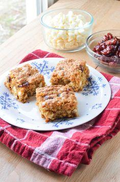 White Chocolate Cranberry Oatmeal Bars - Macaroni and Cheesecake