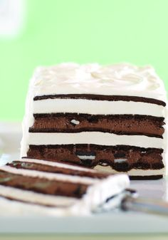 Chocolate Cookie & Fudge Ice Cream Cake – Looks hard, but it's not. The secret? Ice cream sandwiches do most of the work. Delicious layers of chocolate cookies and fudge help too.
