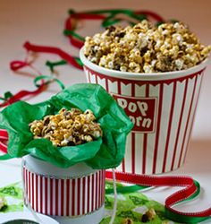 *use cookies to make caramel popcorn=genius* Caramel Doubletree Cookie Popcorn Recipe - Explore Asheville, NC Popcorn Snacks, Popcorn Recipes, Caramel Recipes, Sweet Popcorn, Caramel Chocolate Chip Cookies, Chocolate Caramels, Cookie Desserts, Dessert Recipes, Yummy Recipes