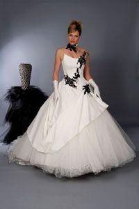 de mariée noir et blanc http://www.modanie.fr/robe-de-mariee-noir-et ...