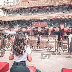 Still amazed with Hong Kong and China! But finally made it to Tokyo and am ready to start exploring the city tomorrow! Ainda super encantada com Hong Kong e China, mas já em Tóquio e pronta para explorar tudo amanhã! Places In Hong Kong, Places In Tokyo, Nyc Instagram, Instagram Worthy, Hongkong Outfit Travel, Tattoo Thailand, Cities, Living At Home, China Travel