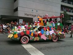 Google Image Result for http://houston.culturemap.com/site_media/uploads/photos/2010-05-08/art_car_candy_.350w_263h.jpg