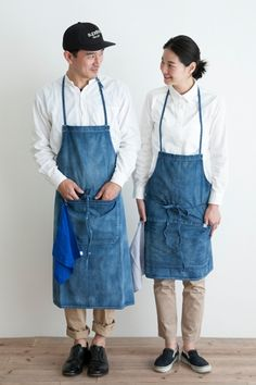 HARD WASHED DENIM APRON (Short)