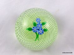 """Perthshire 1976 A  """"Forget Me Not"""" Annual Collection Paperweight - Limited…"""