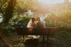 Cosa si mette in una lista nozze?  Cosa serve davvero agli sposi? Cosa è necessario davvero?  Creare una lista nozze ad hoc per il proprio matrimonio non è...