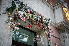 новогоднее-украшение-витрины-декор-витрина-Кузбасс-Кемерово-оформление-www.flofra.ru-окна-рождество-новый-год.jpg2_.jpg (574×383)