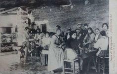 Manifattura stabilimento tonno (1907) - Favignana. Serie di cartoline degli operai dello stabilimento Florio a Favignana, dei primi '900. Allo stabilimento Florio lavoravano sia operai maschi che operaie femmine. #florio #tonnara #favignana