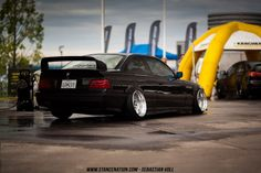 BMW E36 with some sick camber!