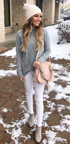 463745db687 Need white skinny jeans Grey Sweater Outfit