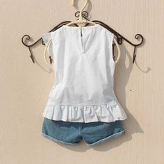 Girls Fashion Clothes, Fashion Outfits, Fall Baby Clothes, Baby Dress Design, Kids Tops, Girls Blouse, Princess Outfits, Crop Top Outfits, Toddler Girl Dresses