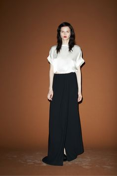 See the complete Band of Outsiders Resort 2014 collection.