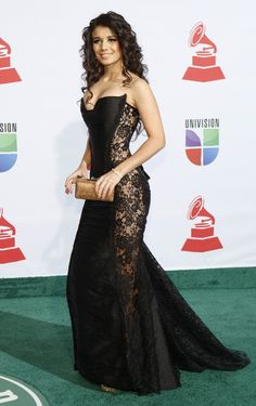 Paula Fernandes usa vestido transparente no Grammy Latino - Moda 15 Dresses, Sexy Dresses, Nice Dresses, Fashion Dresses, Formal Dresses, Wedding Dresses, Vestidos Paula Fernandes, Curvy Outfits, Ideias Fashion