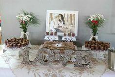 Mesa do bolo casamento civil