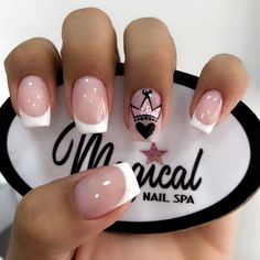 The most beautiful wedding nails, we help you choose - Page 44 of 60 - Inspiration Diary Summer Acrylic Nails, Best Acrylic Nails, Summer Nails, Nail Manicure, Gel Nails, Diy Ongles, Short Square Nails, Short Nails, Dream Nails