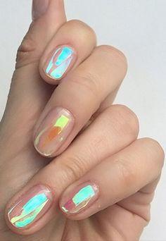 Holographic nail art. — Beauty Inspiration