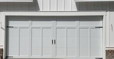 Why Homeowners Choose New Garage Doors That LOOK Like Wood Wooden Garage Doors, Driveway Entrance, Electric Gates, Cost Saving, Door Ideas, Your Design, This Is Us, Traditional, Outdoor Decor