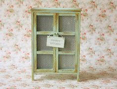 shabby chic chairs  | ... , Craft Classes: Shabby chic dollhouse furniture - 1:12 Scale Cabinet