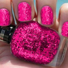 Want this nail polish Flamingo nails