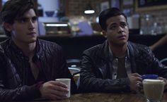 (Christian Navarro) Tony  and Brad (Henry Zaga) 13 reasons why