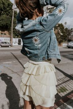 Jean jacket with decals patches of Daisy flowers and ruffle skirt short lace