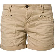 Mustang SAFARI Shorts (£42) ❤ liked on Polyvore featuring shorts, bottoms, pants, short, beige, safari shorts, beige shorts, short shorts and pocket shorts