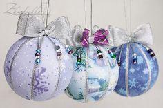 Set of 3 Christmas Ornaments - Snow House Snowflakes - Kimekomi by Zhordochka on Etsy https://www.etsy.com/listing/169883259/set-of-3-christmas-ornaments-snow-house