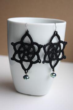 Black Crochet Earrings  [ I could *totally* get addicted to making crochet earrings! ]