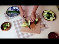 Cuketa je lepšia ako mäso (2 recepty)! # 340 - YouTube Carne, Zucchini, 3 Ingredient Cakes, Courge Spaghetti, Special Recipes, Soup And Salad, Butcher Block Cutting Board, 3 Ingredients, Good Food