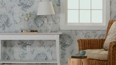 Make the most of your walls and personalize your kitchen with the pattern and texture of wallpaper.