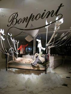 Bonpoint Retail Windows, Store Windows, Home Furnishing Stores, Visual Display, Window Art, Shop Window Displays, Merchandising Displays, Shop Interiors, Window Design
