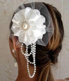 Casquete noiva de flor de cetim