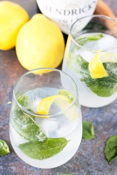 Lemon Basil Gin & Tonic is how I'm upping my gin and tonic game before the summer is over. The bite of the lemon and sweet basil bring out every flavor in the gin! Party Drinks, Fun Drinks, Yummy Drinks, Healthy Drinks, Alcoholic Drinks, Beverages, Gin Lemon, Lemon Drink, Lemon Basil