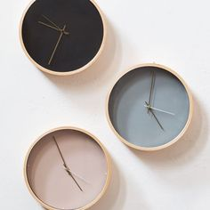 """""""Tick-tock, tick-tock,"""" says the clock while Clara waits for Anna. In shops now. Wall clock, price DKK 118,00 / SEK 159,00 / NOK 173,00 / EUR 16,53 / ISK 3119 / GBP 13.95 #homedecor #interior #grenehome #wallclock"""