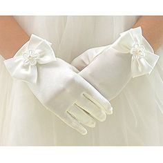Kids Pink Creamy Satin Bow Gloves First Communion Wedding Flower Girl Party First Communion Gloves, First Communion Dresses, First Holy Communion, Wedding Gloves, Dress Gloves, Pink Gloves, White Gloves, Satin Flowers, Flower Fashion