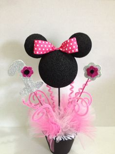 Minnie Mouse Topiary Centerpieces Birthday by ToodleTownBoutique Minnie Mouse 1st Birthday, Minnie Mouse Theme, Minnie Mouse Baby Shower, Mickey Mouse Parties, Mickey Party, Minnie Mouse Birthday Decorations, Disney Parties, Decoration Minnie, Mickey E Minie
