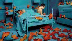 Conexiones. En la intimidad de la habitación propia: dormir, soñar, amar, sufrir. Kippel
