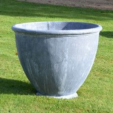 The Large Cotswold Lead Garden Planter