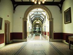 File:Leeds General Infirmary, (entrance hall) Great George Street, Leeds - geograph.org.uk - 1391719.jpg