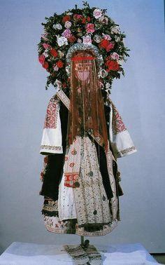 Shoppe bride costume from Sofia. Second half 19th century.