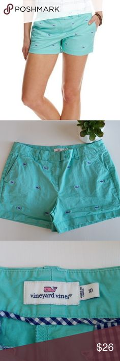 VINEYARD VINES Signature Whale Shorts Awesome pair of whale shorts by Vineyard Vines. Excellent gently used condition (minus the wrinkles:) Size 10. Vineyard Vines Shorts