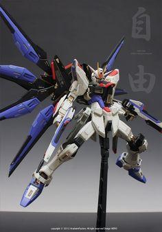 MG 1/100 Strike Freedom  Modeled by HERO          CLICK HERE FOR FULL POST