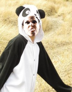 The Queen is dead, long live the Evil Panda. This is why Lana Parilla is the best!!