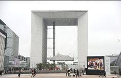 Cube + LED - JCDecaux - 2012 - Paris