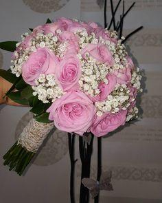 !Wedding Day!  #nofilters #natural #weddingingreece #weddingbouqet #bouquet #weddingDay #roses #pinkroses #pinkflower #gypsophilia #flowerlovers #flowers #pinkshades #wonderfullcolor #wonderfullife #wonderfullday #unique #2017 #greece #thessaloniki #anthos_theartofflowers Pink Roses, Pink Flowers, Greece Thessaloniki, Greece Wedding, Its A Wonderful Life, Floral Wreath, Wedding Day, Bouquet, Wreaths