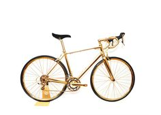 Gold Men's Racing Bike - luxury toys new concept store Vogue Paris, Golden Bike, Giant Defy, Giant Bikes, Luxury Christmas Gifts, Technology Gifts, Fat Bike, Over The Top, Gift Ideas