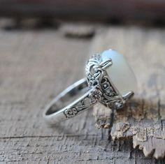 5$ Gorgeous Vintage moonstone Ring