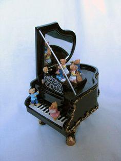 Music Box nostalgia, nostalgic grand piano, Piano with Teddy Bear.    Nostalgia, nostalgic piano with mirror.    http://www.sammler-und-hobbyshop.eu/epages/62040353.sf/en_AU/?ViewObjectID=7968137