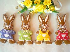 Velikonoční zajíc z perníku Easter Cookies, Sugar Cookies, Christmas Cookies, Biscotti, Cookie Decorating, Easter Eggs, Gingerbread, Jar, Rabbits