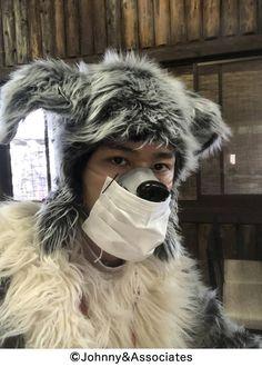 Johnny's Web, Riding Helmets, Snowman, Winter Hats, Idol, Random, Instagram, Woodwind Instrument, Snowmen