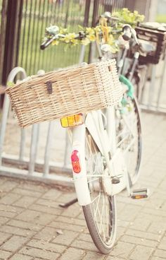 Cycle Chic, Girl bike power. Bike with basket.